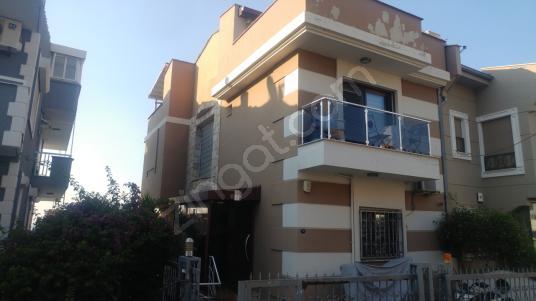 İzmir Balçova Ekonomi Üniversitesi yakını Kiralık 6+1 Villa