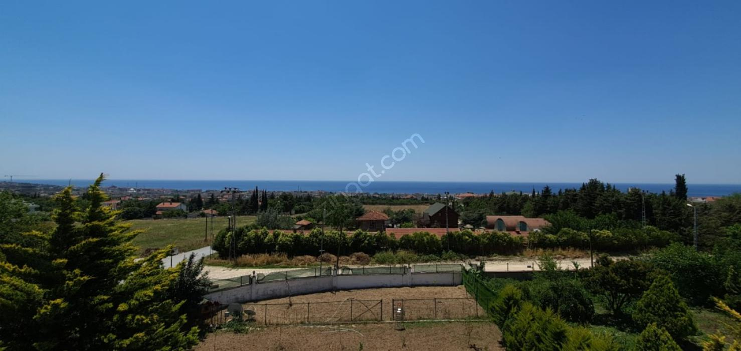 Büyükçekmece Kumburgaz Deniz Manzaralı 5+3 Satılık Villa #3152836