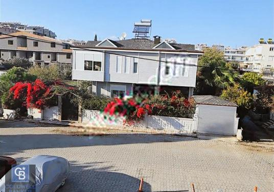 COLDWELL BANKER MEDUSA GAYRİMENKUL'DEN DİDİM'DE MUHTEŞEM KONAK