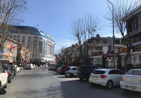 Büyükçekmece Mustafa Kemal Caddesi Üzerinde Kiralık Dükkan - Sokak Cadde Görünümü