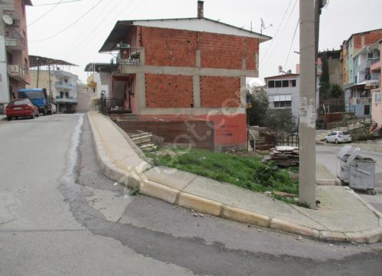 KARABAĞLAR UMUT MAH. 3 CEPHELİ KÖŞE 130 M2 KUPON ARSA SATILIKTIR - Sokak Cadde Görünümü