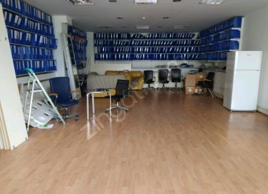 Yenibosna Radarda İş Hanında 100m² Giriş Kiralık Dükkan/Mağaza