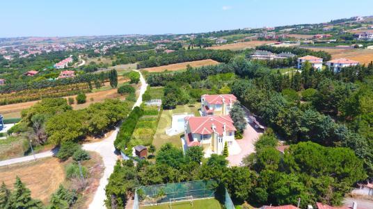 Silivri Ortaköy de kiralık havuzlu çiftlik evi