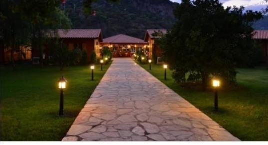 Kemer Beldibi'de Satılık Kamp Yeri - Bahçe