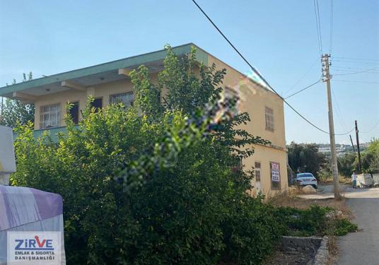 Erdemli de Satılık Mustakil 2 katlı Ev ve Tarla