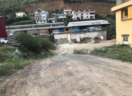 TRABZON AKÇAABAT DÜZKÖY YOLU ÜZERİ SATILIK 1560 m2 TİCARİ ARSA