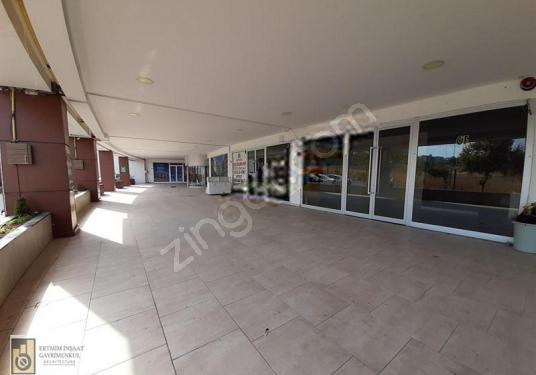 BOTANİCA İSTANBUL KİRALIK DÜKKAN 41M2 KAPALI +58 TERAS - Salon