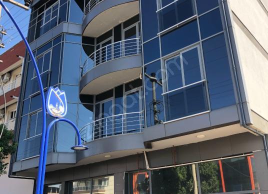 Remax Ofis'ten Manisa 75.Yılda Cadde Üstü Komple Kiralık Bina