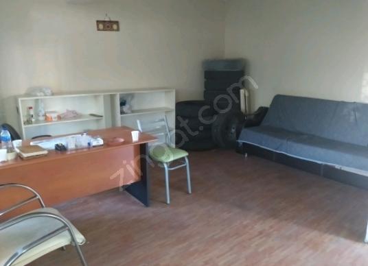 Yenibosna Cemevi İtfaiye Üstü Krediye Uygun Satılık 30m² Dükkan. - Salon