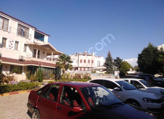 Silivri Cumhuriyet'te Satılık Villa - Açık Otopark