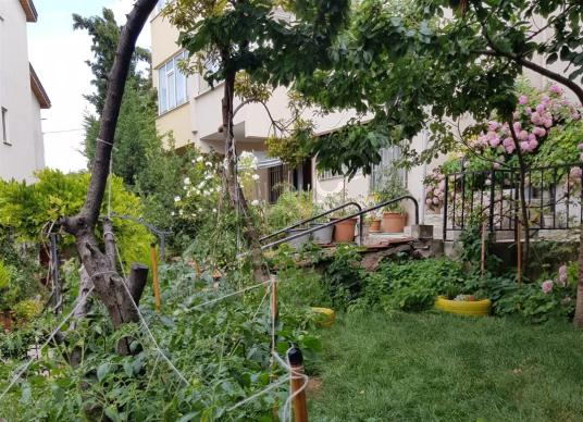 OSMANGAZİ ÇEKİRGE'DE MANZARALI 5+1 SATILIK VİLLA - Bahçe
