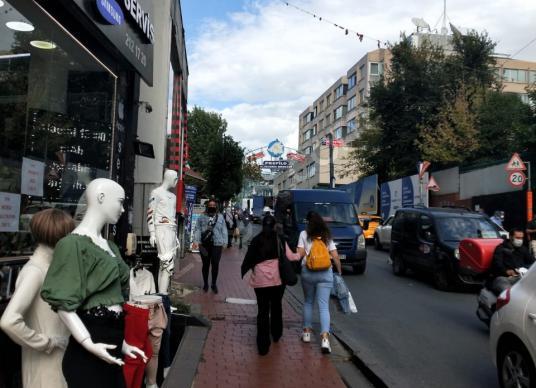 ŞİŞLİ MECİDİYEKÖY PROFİLO AVM YOLU ÜZERİ MUTFAKLI WC Lİ DÜKKAN - Sokak Cadde Görünümü