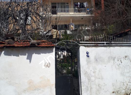 Karşıyaka Cumhuriyet'te Satılık Üç Katlı Müstakil Ev - Dış Cephe