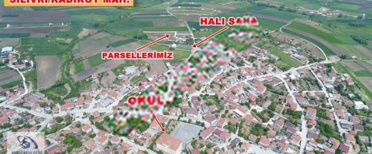 SİLİVRİ KADIKÖYDE MAHALLE İÇİNDE ETRAFI ÇEVRİLİ 302 m2 - Harita