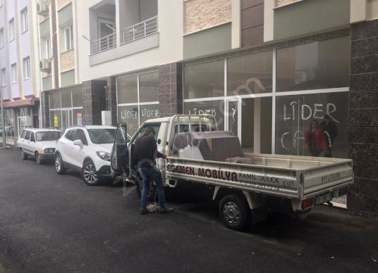Tire İpekçiler Mahallesinde 2+1 m2 Satılık Sıfır Dükkan - Dış Cephe