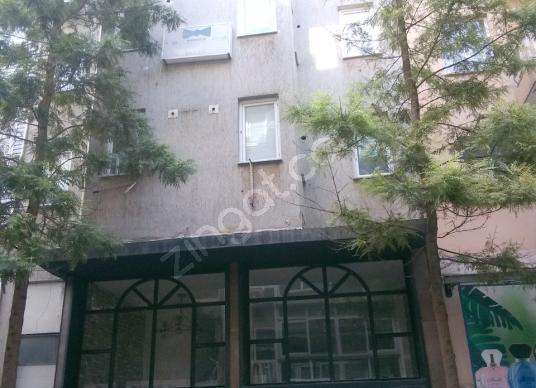 İzmir-Alsancak Devlet Hastanesi yakınında aydınlık ferah KİRALIK