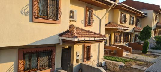 Silifke Taşucu Toki Evlerinde Satılık Eşyalı Villa - Dış Cephe