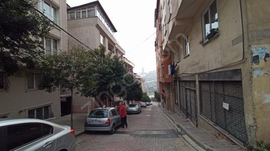 KAĞITHANE MERKEZ METROYA YAKIN MESAFEDE 2+1 SATILIK BAHÇE KATI - Sokak Cadde Görünümü