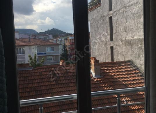 DERE İNŞAAT EMLAK'TAN MEYDAN MAHALLESİNDE KİRALIK 1+1 DAİRE - Balkon - Teras