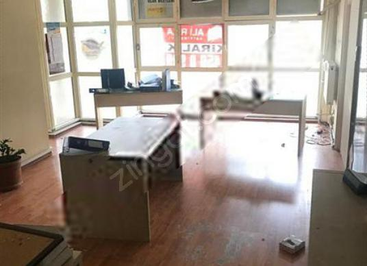 Ataşehir Metropol Karşısı Ata Çarşıda Kiralık Ofis - Mutfak