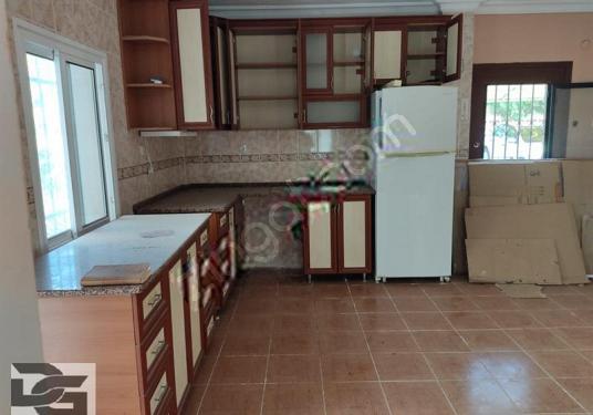 Urla Özbek Mahallesinde Satılık Site İçi Tam Müstakil Villa - Mutfak