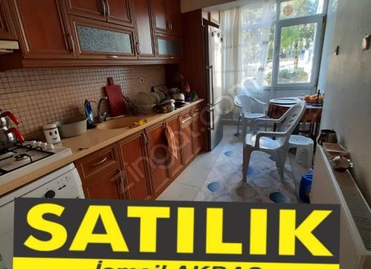Evka3'te Satılık 3+1, Sağlam Zemin, D.gazlı, Ara kat, Otoparklı, - Spor Salonu