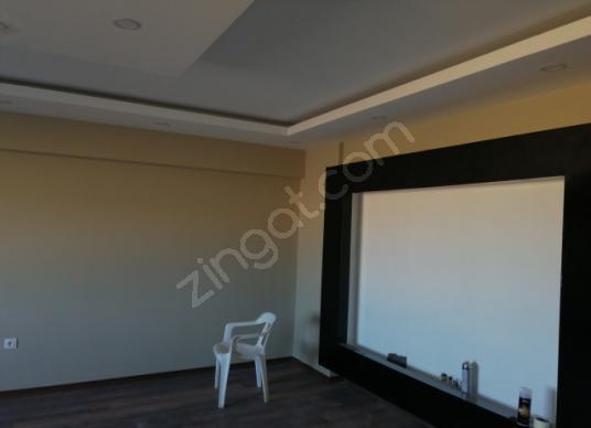 Cumhuriyet Mah Havuzlu Site içerisinde 3+1 155m2 dairesatılık - Salon