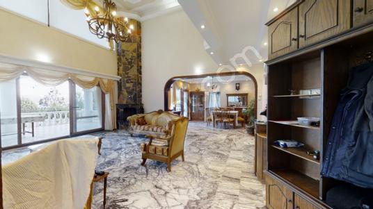 KW Alper Duran'dan Deniz Manzaralı Muazzam Konumlu Villa