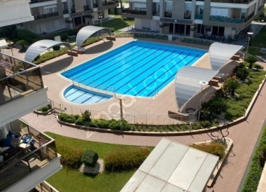 Limanda satılık Rezidans 4+1 dubleks vatandaşlığa uygun - Site İçi Görünüm
