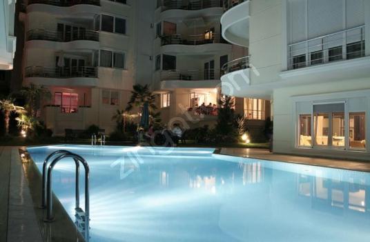 Fenerbahçe Marina Yakın Yüzme Havuzlu Güvenlik Dubleks - Yüzme Havuzu