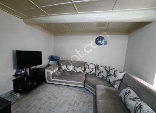 Urla Merkez'de Yatırımlık 3+1 Satılık Taş Ev - Yatak Odası