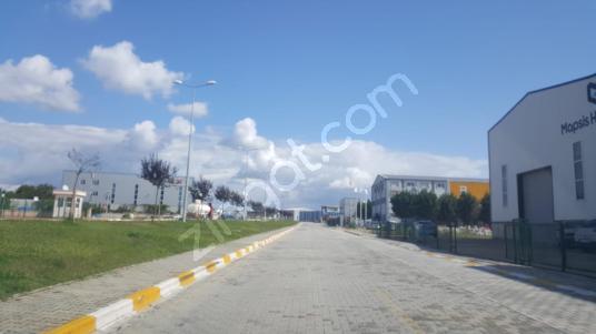 DİLOVASI MERMERCİLER SANAYİ SİTESİN'DE 15000 m2 SATILIK ARSA - Sokak Cadde Görünümü