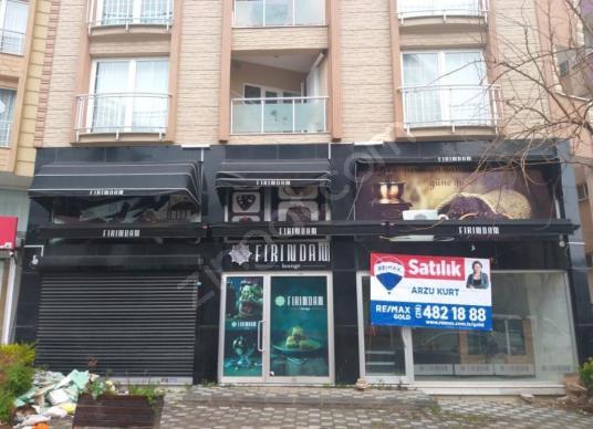 Fiyat Düstü. Fatih Caddesi Sonu Ruhsatlı, 800 m2 Satılık Dükkan
