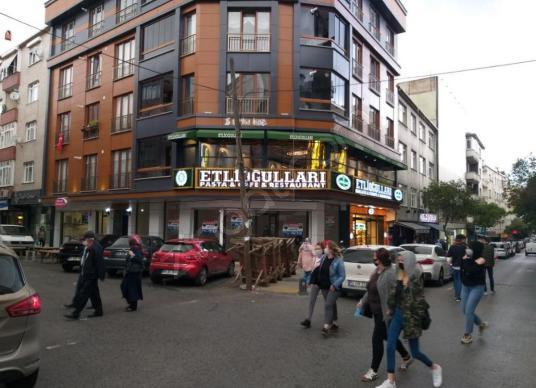 Laleli Caddesi'nde Mükemmel Konumda Satılık Dükkan - Sokak Cadde Görünümü