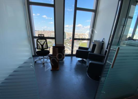 Divan Residence'ta Teraslı 350 m2 Íçten Asansörlü Dubleks Ofis - Balkon - Teras