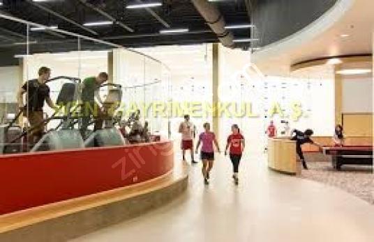 İzmir'de Tercihli Kupon Lokasyonda Devren Kiralık Spor Salonu