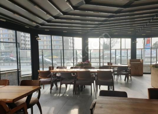 Ataköy E5 Üzeri Benzersiz Restaurant - Salon