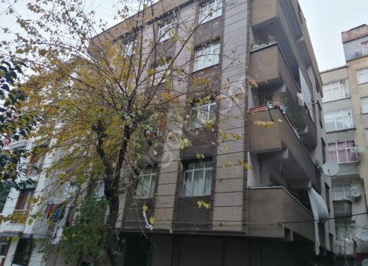 Esenler Nine Hatun Mh 95m² 2+1 Balkonlu Kiracılı Daire