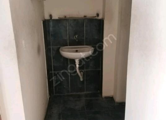 Turgutlu Turan'da Satılık Daire  13 yılık ferah bir daire - Tuvalet