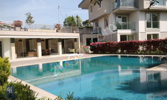 CB META'DAN SARIYER ZEKERİYAKÖY'DE 3+1 190 m2 ÇATI DUBLEKSİ - Yüzme Havuzu