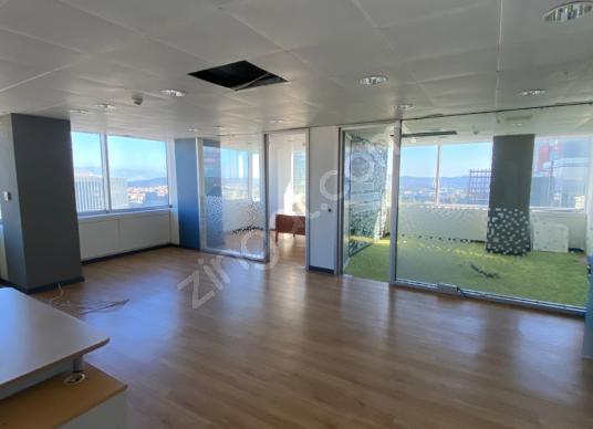 Sarıyer Maslak Beybi Giz Plazada 500m2 Kiralık Metro 2 dk Ofis - Salon