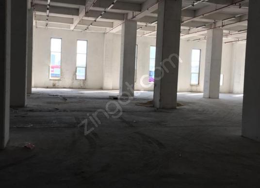 Başakşehir deprem konutları yanı 4570m2 düz giriş 137 000t kira