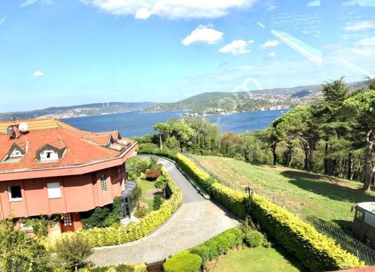 Yeniköy 'de Satılık A+ Sitede Boğaz Manzaralı 4+2 Köşe Villa,