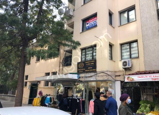 Alsancak Talatpaşa'da Devlet hastanesi yan binada satılık 2+1 - Dış Cephe
