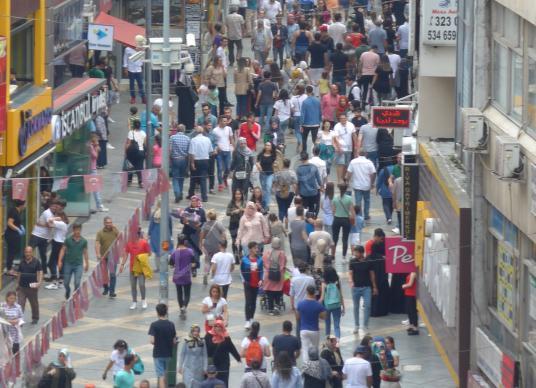MEYDAN'IN GÖBEĞİNDE FIRSAT KİRALIK İŞYERİ / MAĞAZA ! - Sokak Cadde Görünümü