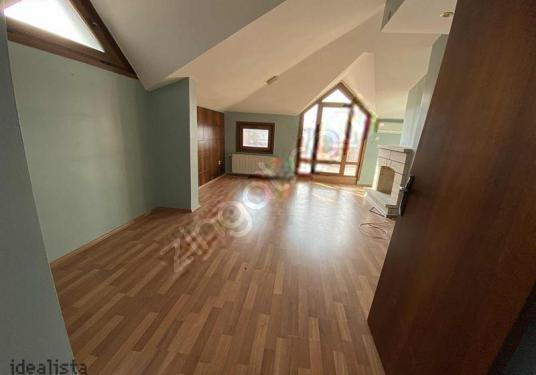 Göksu evlerinde boğaz manzaralı 3+2,216 m2 daire