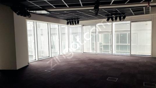 4.Levent Nef 09 da 103 m2 Plaza Katı Kiralık Şık Ofis - Salon