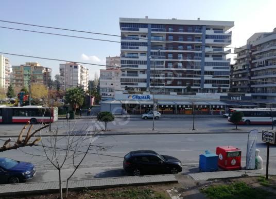 Yeni Girne Bulvarı Üzerinde Satılık 3+1 Daire - Sokak Cadde Görünümü