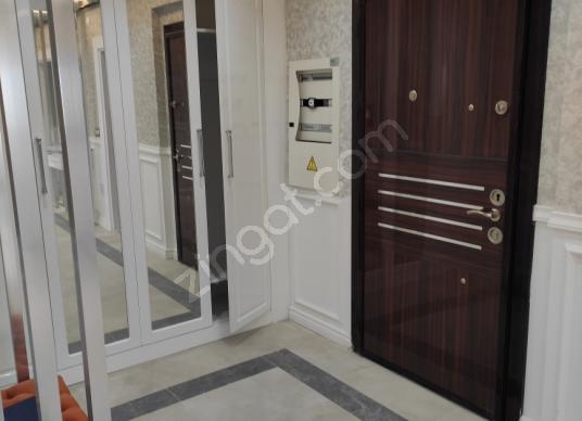 Yeşilyurt Bostanbaşı'da Satılık Rezidans - Antre Hol