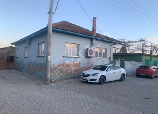 OSMANBÜKÜ DE SATILIK ARSA ve EV - Sokak Cadde Görünümü